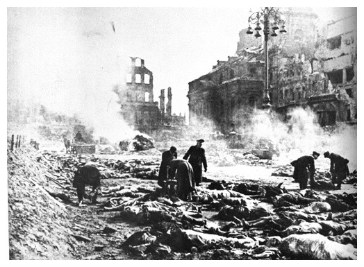 http://www.rusproject.org/pages/history/history_10/images/dresden_bomb.jpg